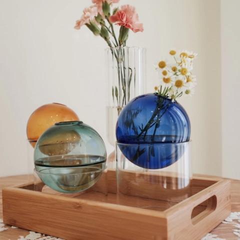 Vases sphériques